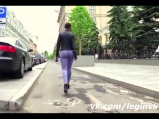 Sexy girl in tight leggings on town #leginvk