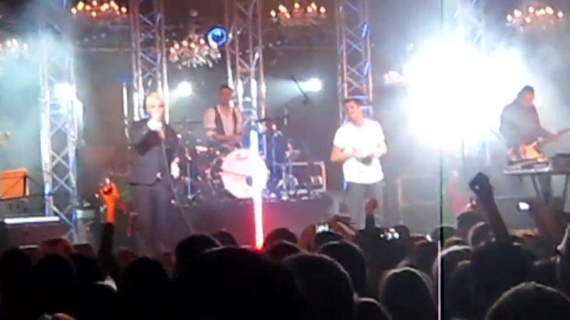 Градусы - Голая (концерт в клубе Milk 08.10.2011)