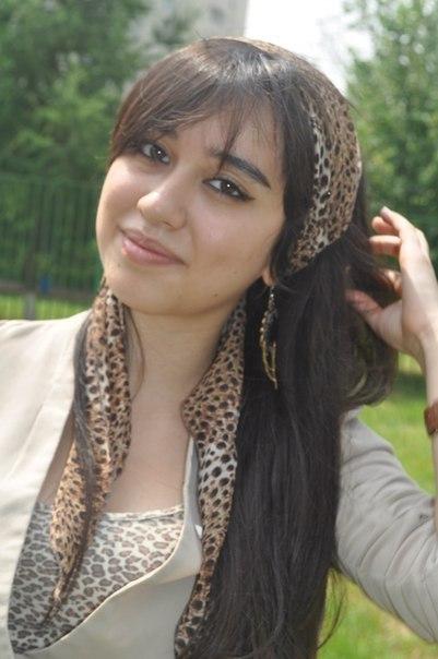devushki-golie-iz-tadzhikistana
