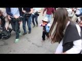 3 мая 2018 г. В Киргизии 5-летний мальчик протащил машину на 34 метра