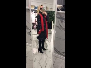 Пальто чёрное с мехом на воротнике