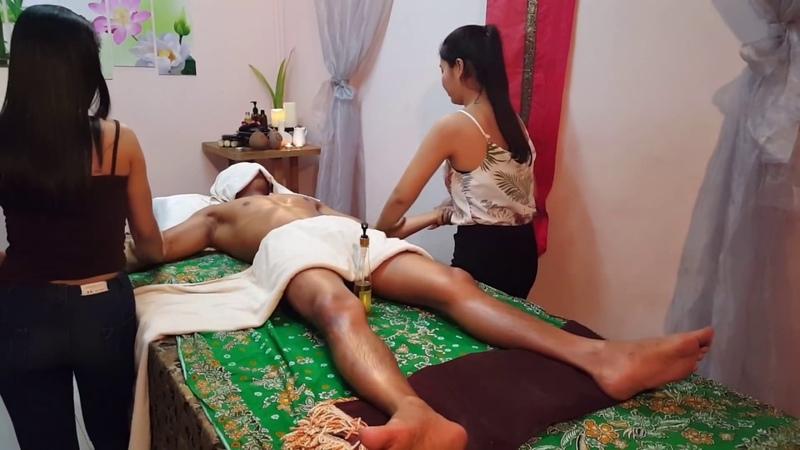 Amazing 4 Hand Oil Massage Technique for Whole Body Benefits Body Scrub Treatment