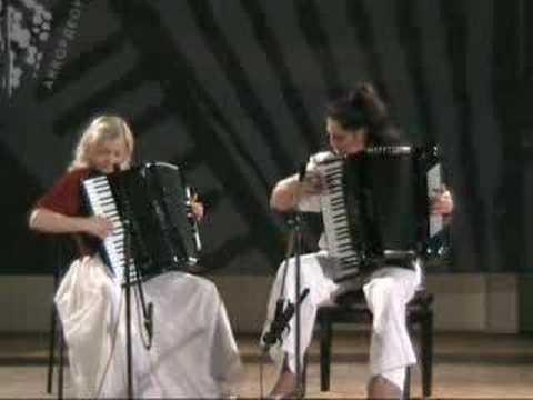 Accordion Duet Nina Lena Play Mendelssohn Нина Слюсарь аккордеон