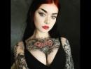 оживлённая фотография тату модели