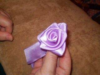 цветок из атласной ленты - цветы.