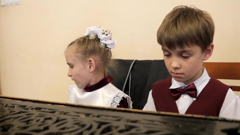 Виктория Рау и Никита Тихомиров (фортепиано)