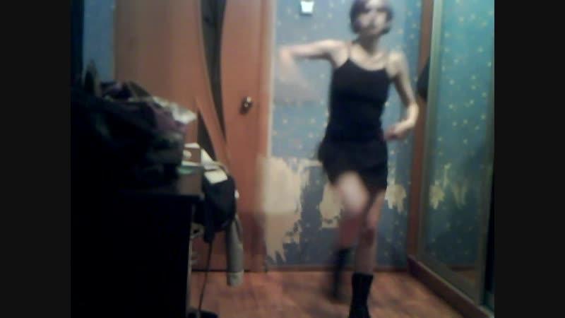 Tecktonik ,industrial dance