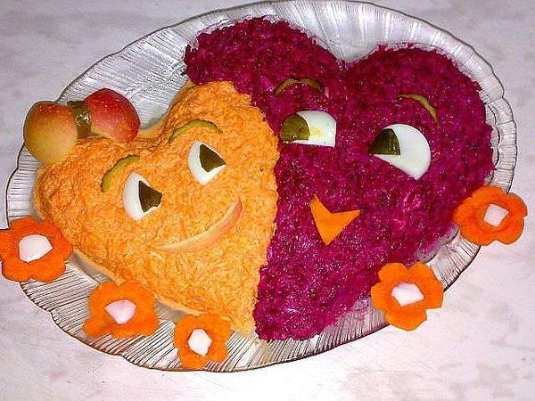 Идея украшения салата на День Святого Валентина