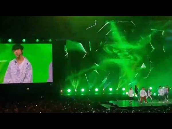 180915 Stray kids Cover BTS's DNA😭 @Music Bank in Berlin😍they're hot babies🔥well done👏🏽 boys💜