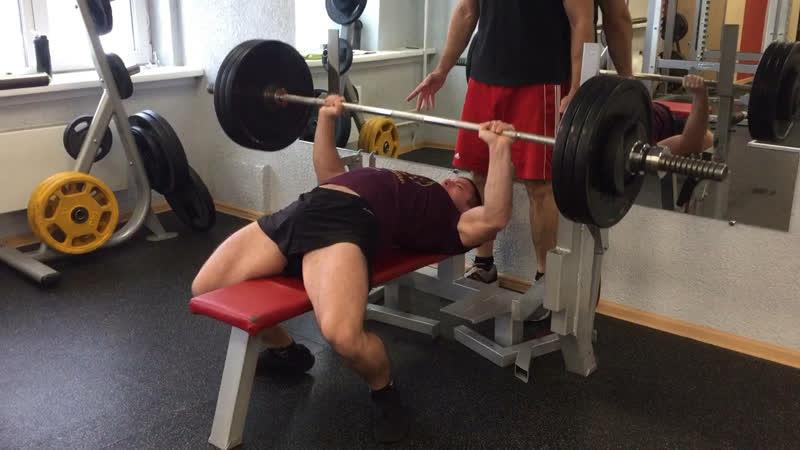 Краснов Алексей жим 125 кг на 6