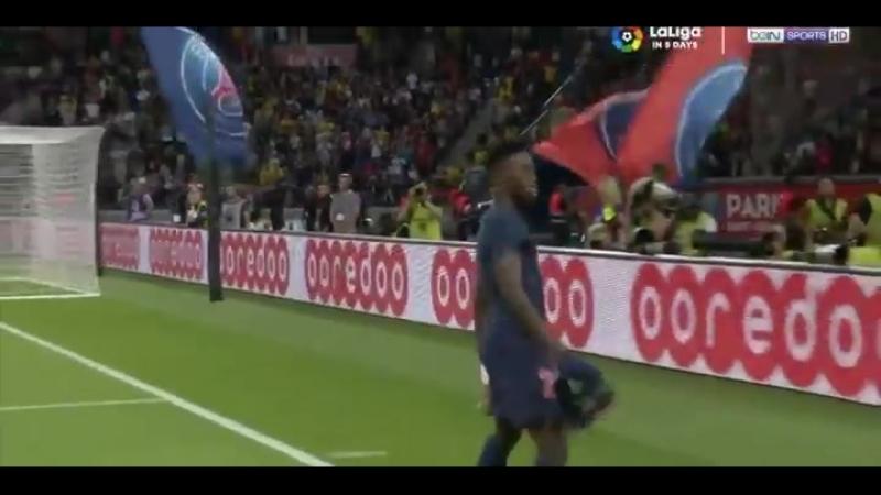 За дебютный гол в Лиге 1 Веа-младший должен благодарить кипера. Обработка, которая превратилась в ассист