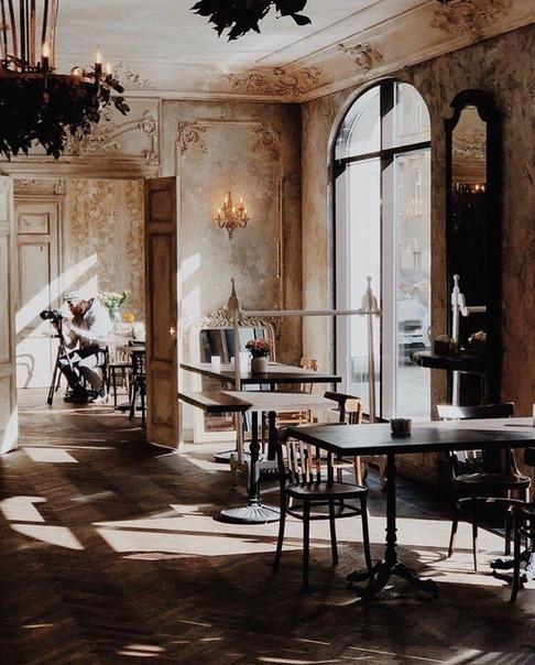 Роскошная идея оформления ресторана. Санкт-Петербург.