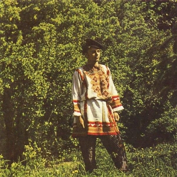 parni-v-sarafanah