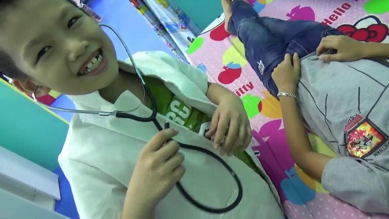 キッズフレンドプレイ 屋内遊び場 〜と 赤ちゃん 医者! Family Fun with nursery rhymes songs for babies, kids - Cu Bi