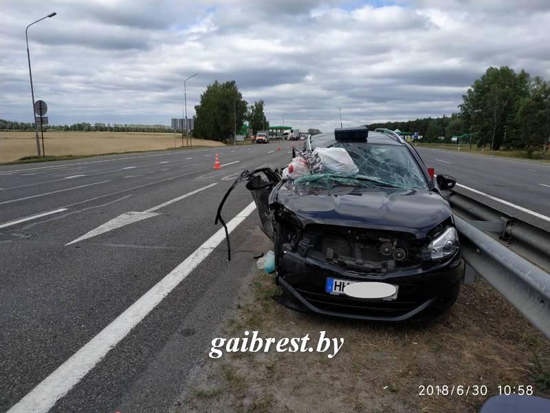 """В результате столкновения """"НИССАНа"""" и грузового автомобиля """"ДАФ"""" погиб 8-месячный пассажир"""