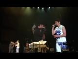 上海演唱会又和#成龙#亲吻