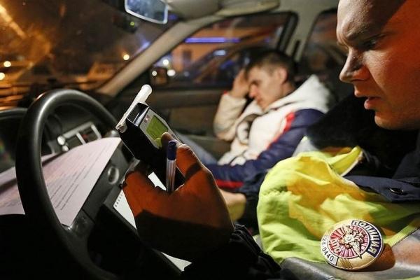 Пьяная езда парня из Марухи в Зеленчукской чуть не превратилась в трагедию