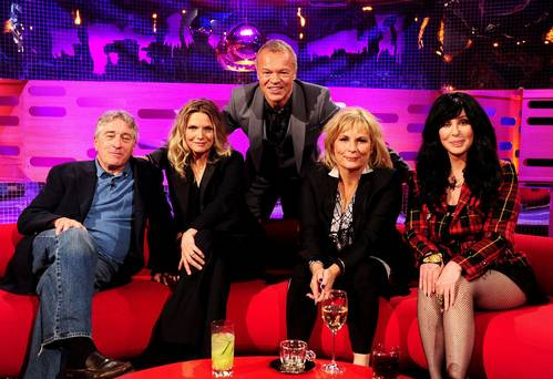 The Graham Norton Show - S14E03 - Cher, Robert De Niro, Michelle Pfeiffer, Jennifer Saunders (25.10.
