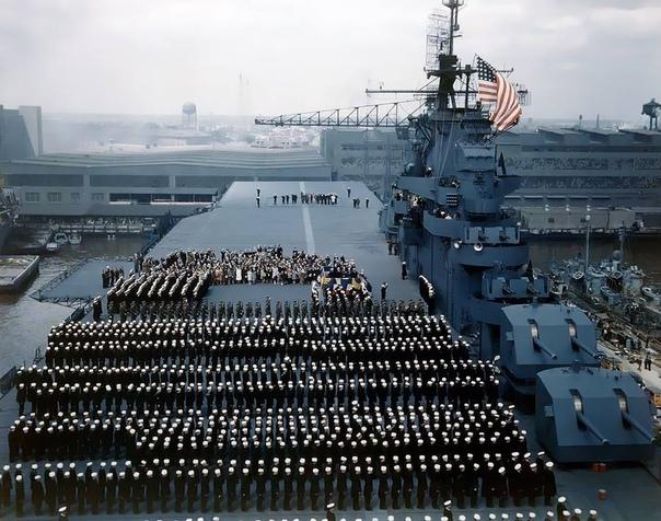 USS Yortown (CV-10) Американский авианосец типа «Эссекс».1943г.