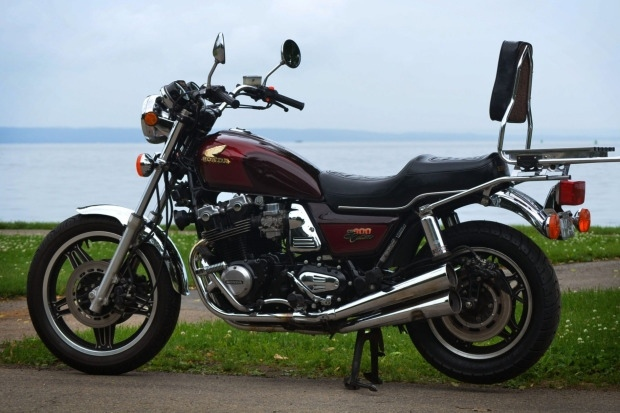 Мотоцикл Honda CB900C Custom 1982 с 10-скоростной коробкой