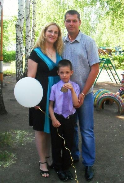 Лариса Фирстова, 22 мая , Заинск, id144439378