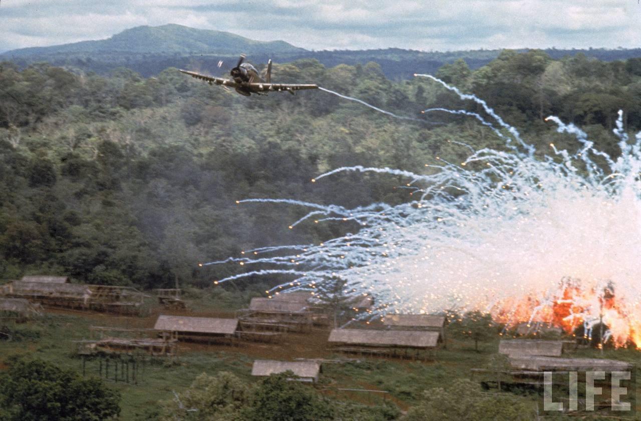 guerre du vietnam - Page 2 UOJHjuVk7Xo