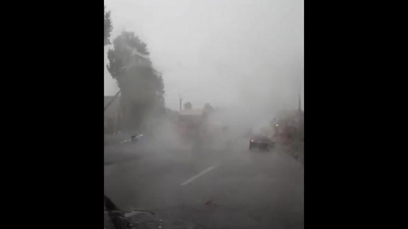 Ремонт дороги в ураган