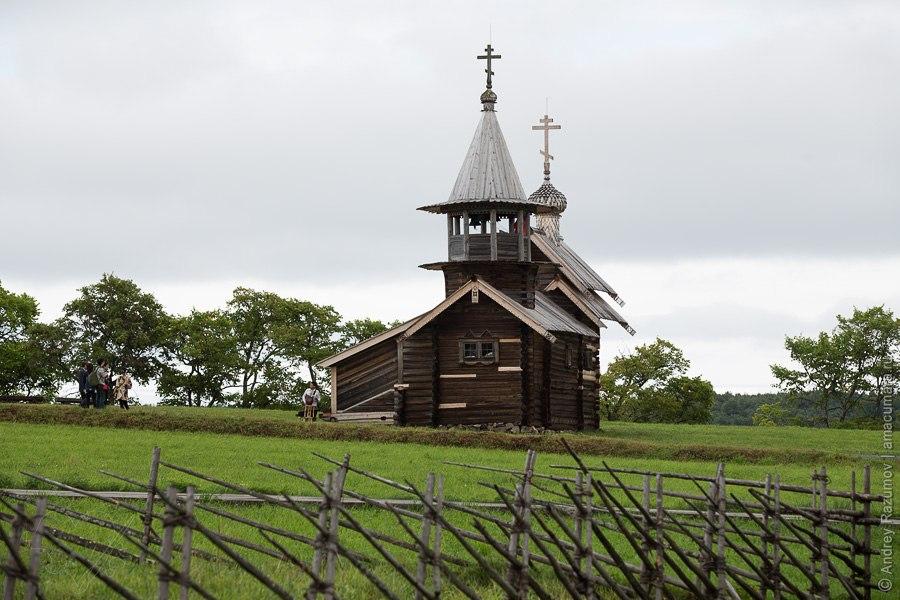 Кижи остров церковь деревянная остров Онежское Карелия