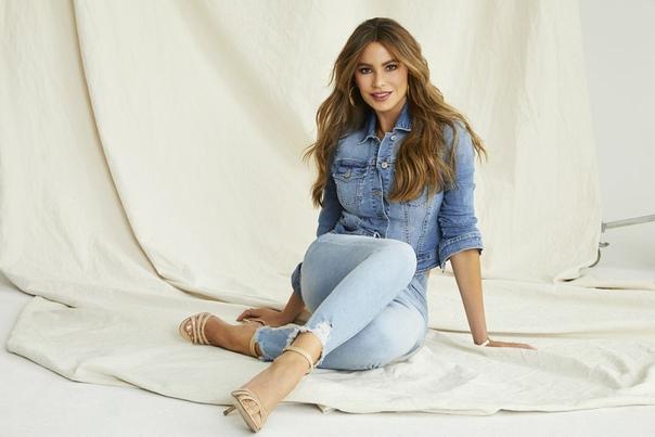 София Вергара «Sofia Jeans», 2019