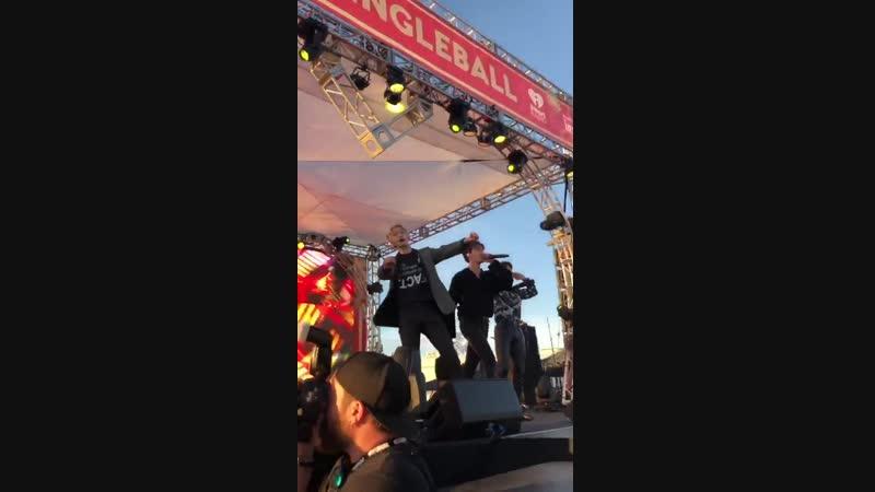 FC VK 30 11 2018 KIIS Jingle Ball Village in Los Angeles Rush