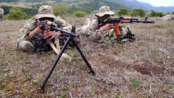 Armée Géorgienne - Page 3 TRC4P-a1DlM