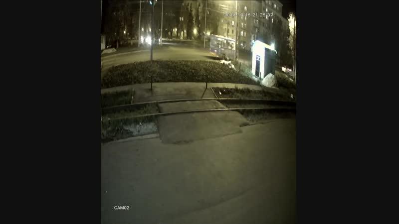 Хулиганы испортили магазин Аккумулятор Центр на Сормовском ш., д. 24л