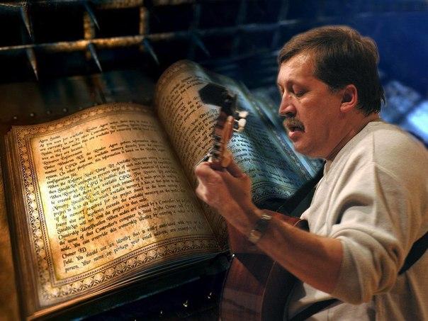 Ответы Mail Ru: Как воспеть в стихах крановщицу Варю?