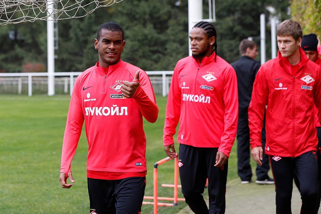 «Спартак» возобновил тренировки. Кутепов вернулся в общую группу