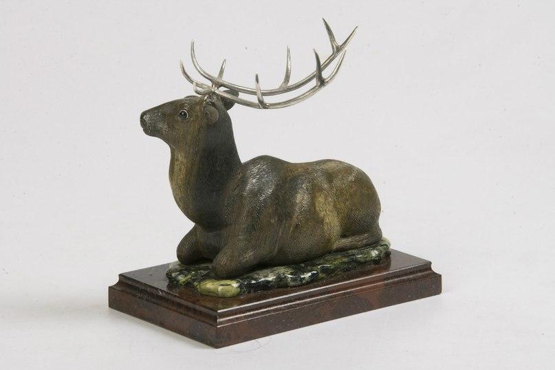 Фигурка оленя - изделие алтайский камнерезов