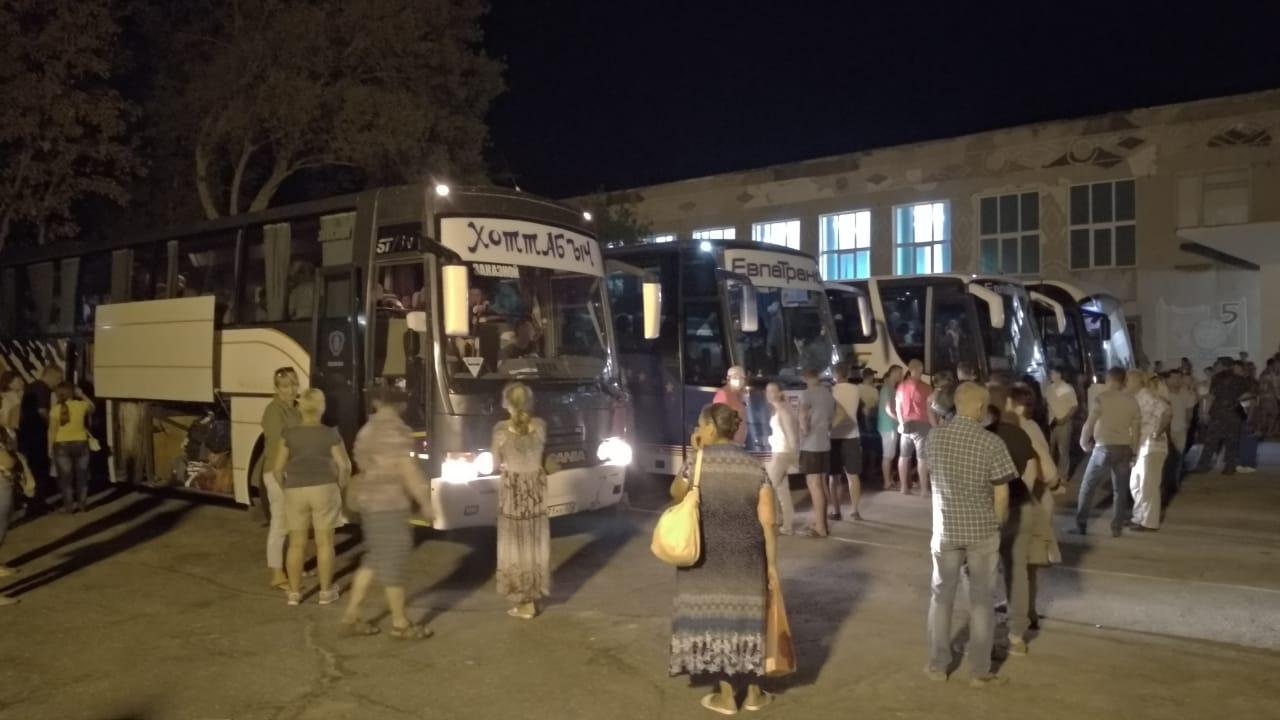 Химический воздух заставил приостановить учебный процесс в Армянске