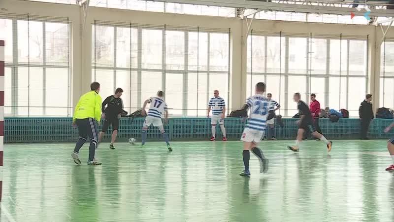 В Севастополе продолжается чемпионат города по футзалу