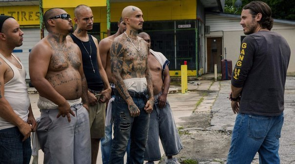 Подборка крутых фильмов про уличные банды.