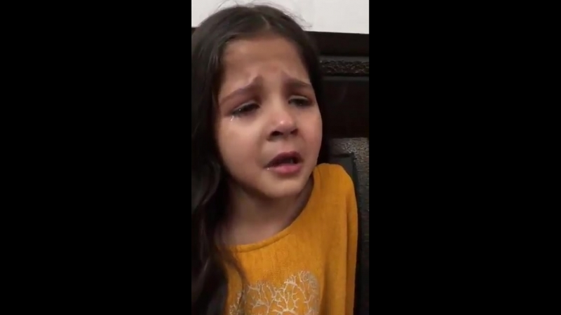 The Cute Little Girl Was Crrrying For SalmanKhan bhai When she see the news here tears ws .mp4