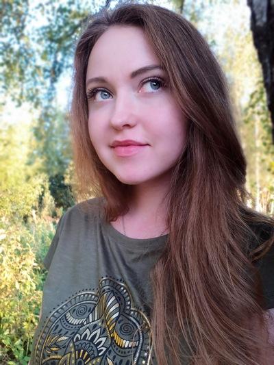 Елена Рикари