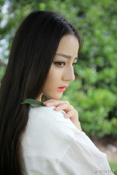 Dilraba Dilmurat; Uyghur actress and model