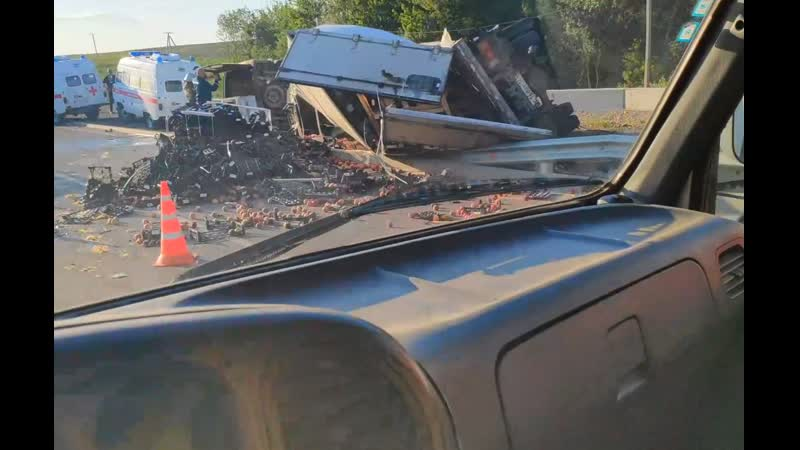 В Белогорском районе произошло ДТП с участием грузового автомобиля Хюндайи Форд Транзит