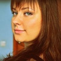 Наташа Артамонова