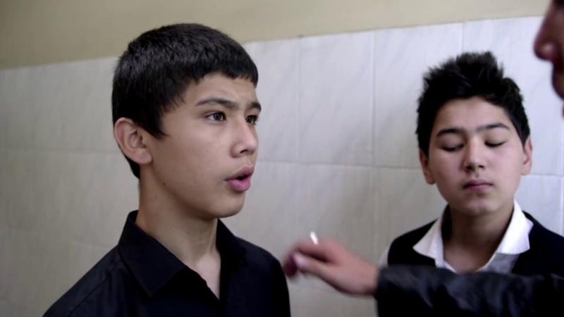 ЖЕСТЬ ДЕДОВЩИНА В КАЗАХСТАНСКИХ ШКОЛАХ | Уроки Гармонии (2013) - Отрывки из фильма