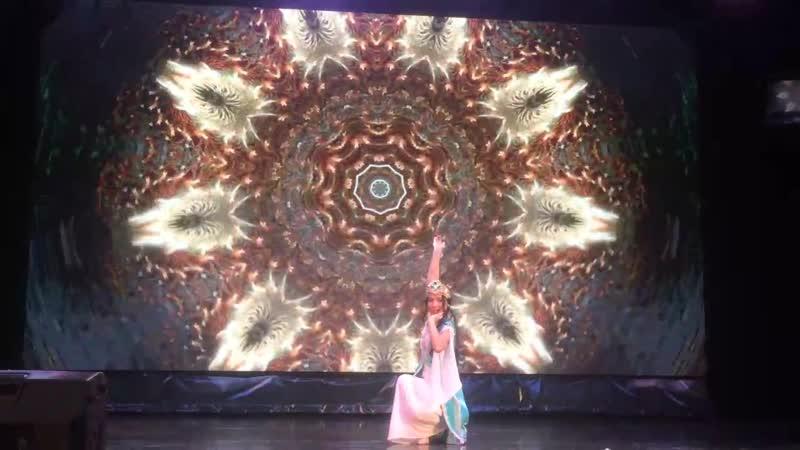 Мингбоева Каноат - узбекский танец. Творческий Дебют-2018
