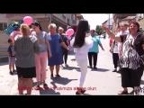 Beyaz Dar Kotuyla Roman Havası Oynayan Kız Yürek Dayanmaz (1)