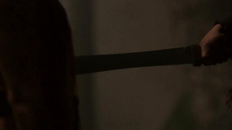 Belly stab - Britannia S01E01