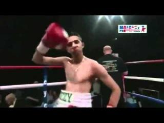 Dancing Pakistani boxer - greatest ever!
