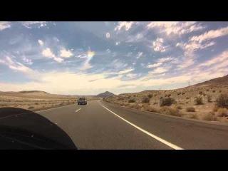 Прокатимся немного по пустыне ? Где жара и шквалистый ветер...