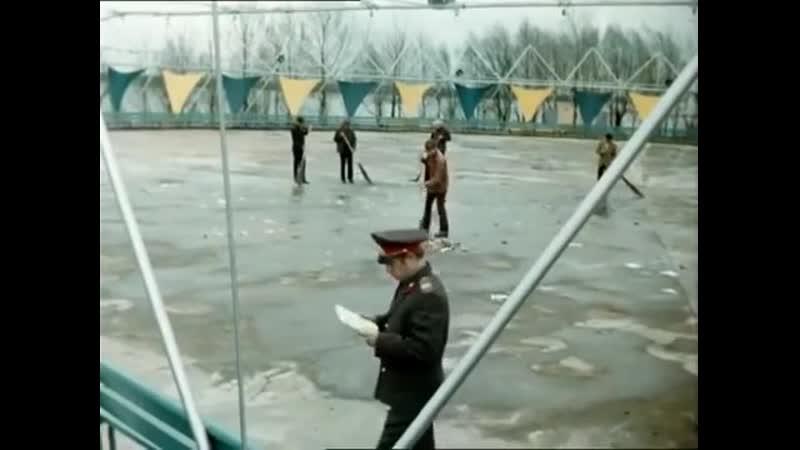 Не мешайте приводить планету в порядок... - Большая перемена, реж. Алексей Коренев, 1973